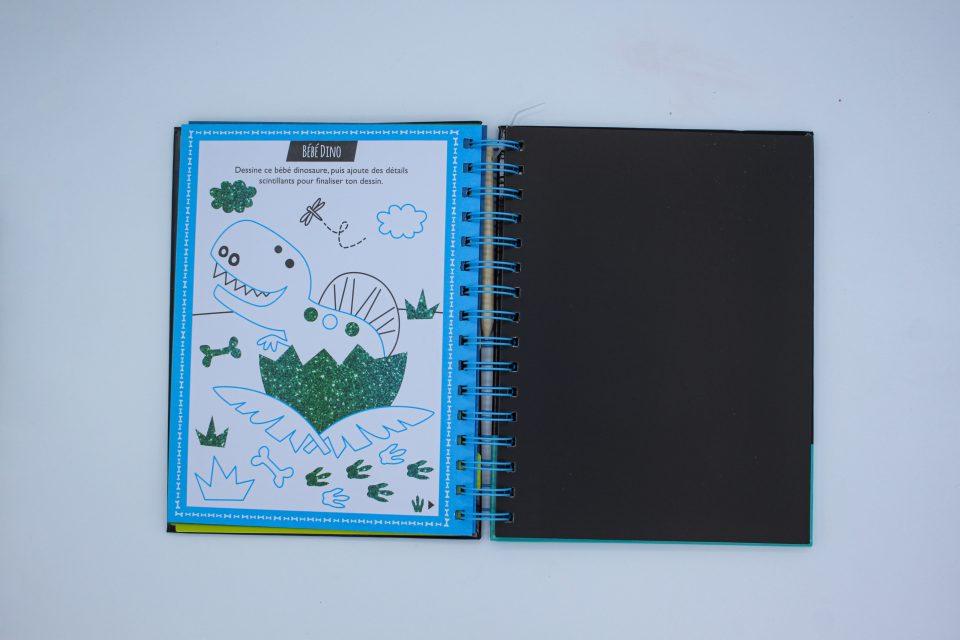 Mon fabuleux livre à gratter des dinosaures - Kimane