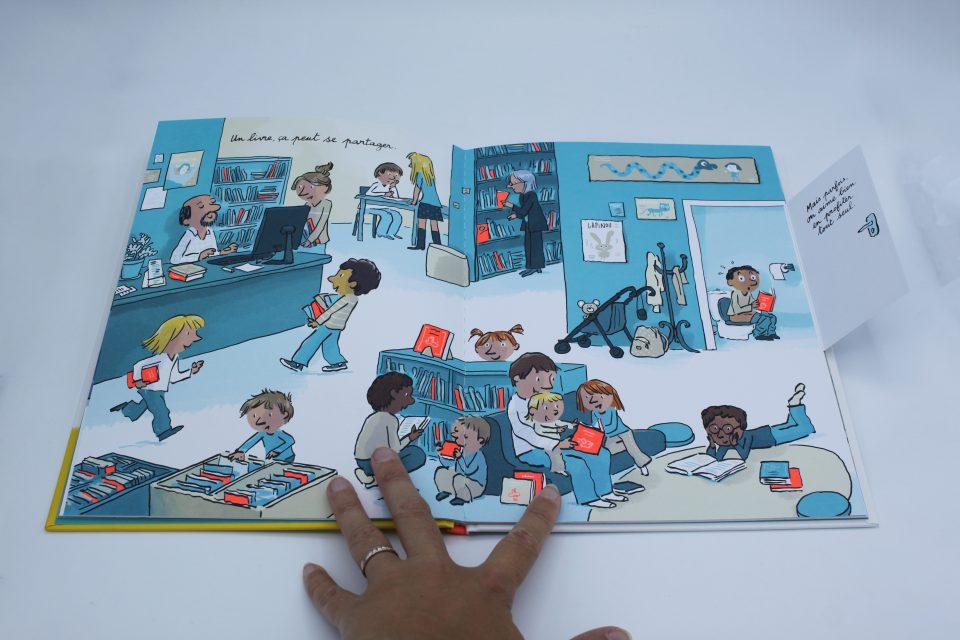 Un livre, c'est magique ! Gallimard Jeunesse