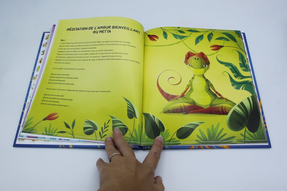 Dino Yoga - Hachette Enfants